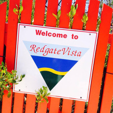 Redgate-Vista-Retreat-logo.jpg